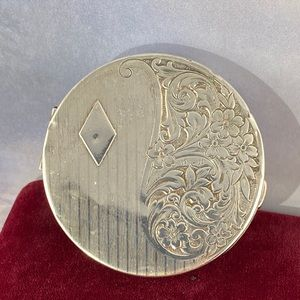 Vintage Evans Hand Made Sterling Compact Case